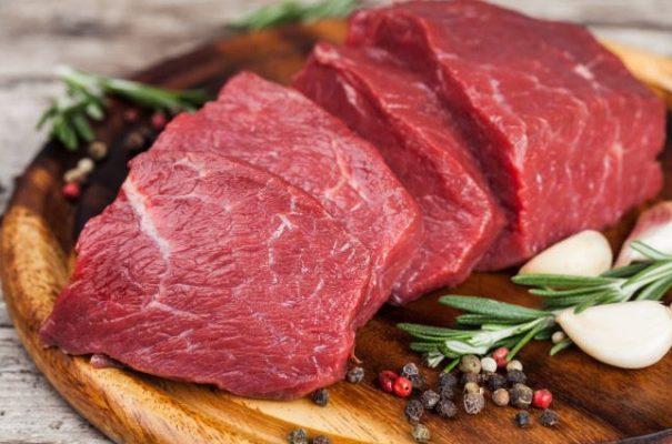 Ăn thịt bò để chống rụng tóc