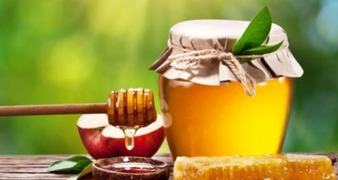 Mật ong giúp dưỡng tóc bóng mượt