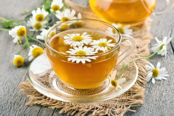 Cách trị gàu bằng trà hoa cúc